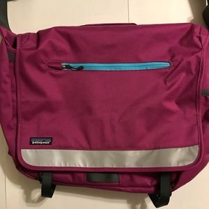 Patagonia Bags - Fuschia Patagonia Cross body Messenger Laptop Bag
